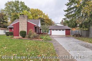 2634 Roseland, East Lansing, MI 48823