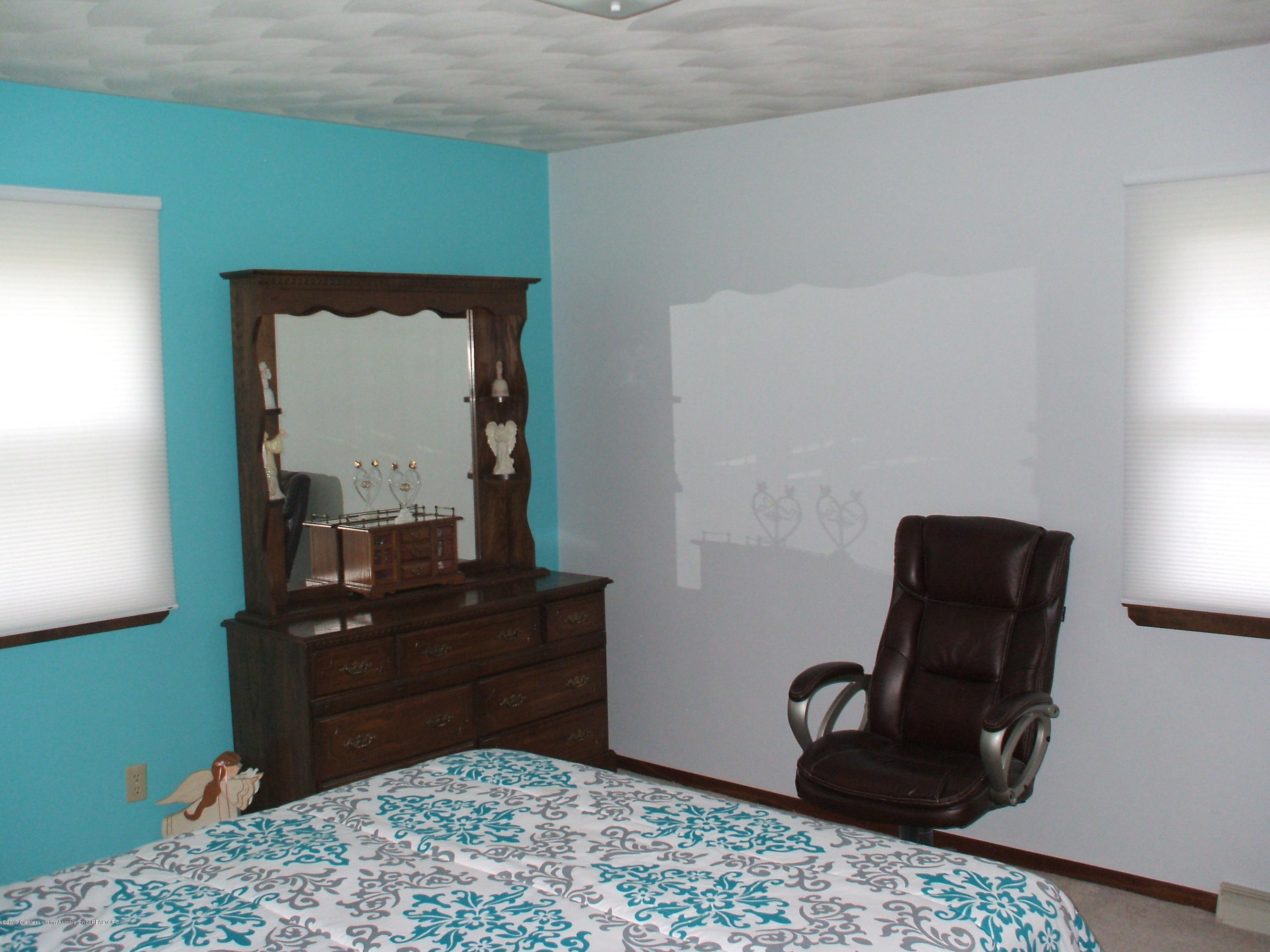 803 W McConnell St - Bedroom - 14
