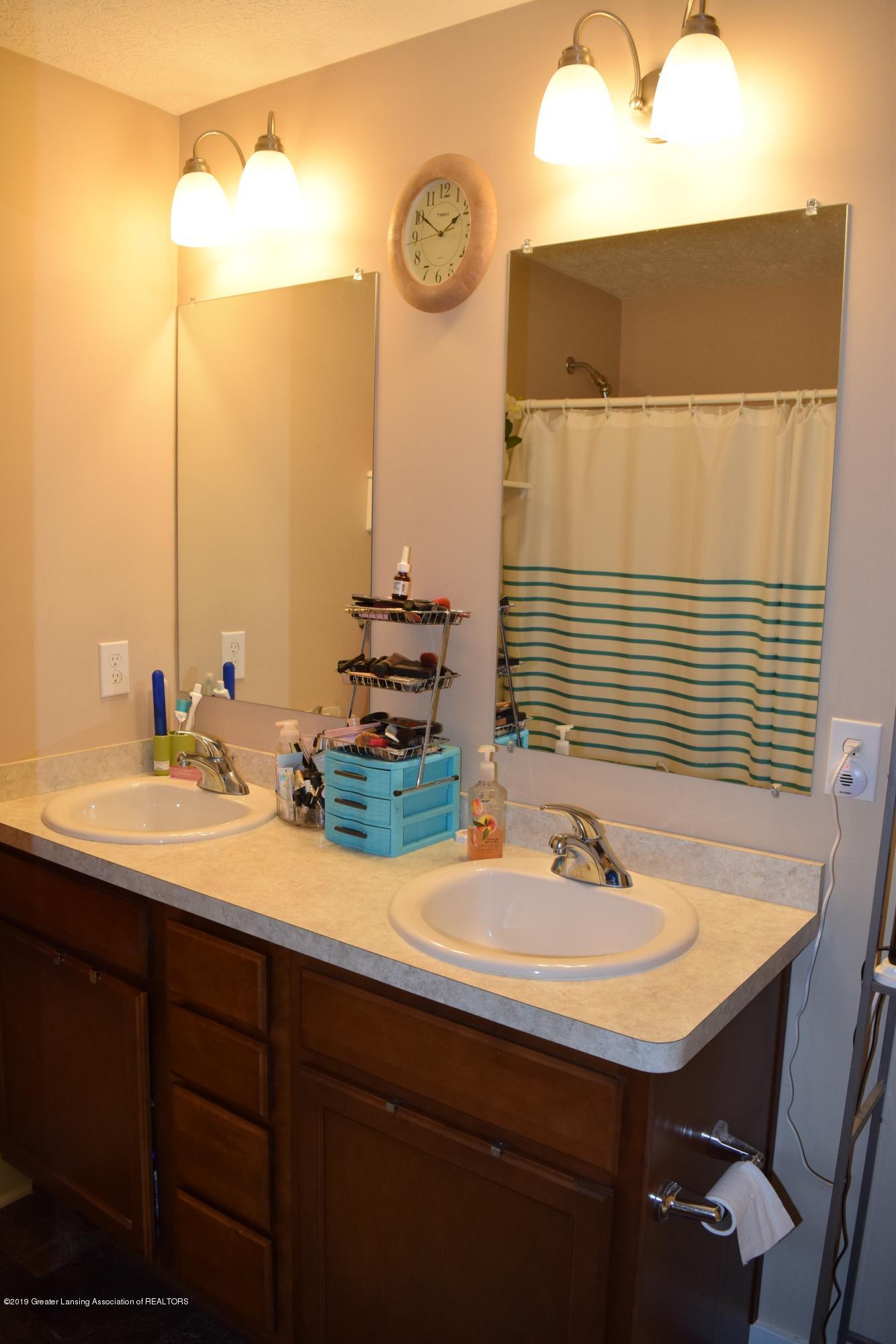 6265 Barbados Way - Master Bath - 24