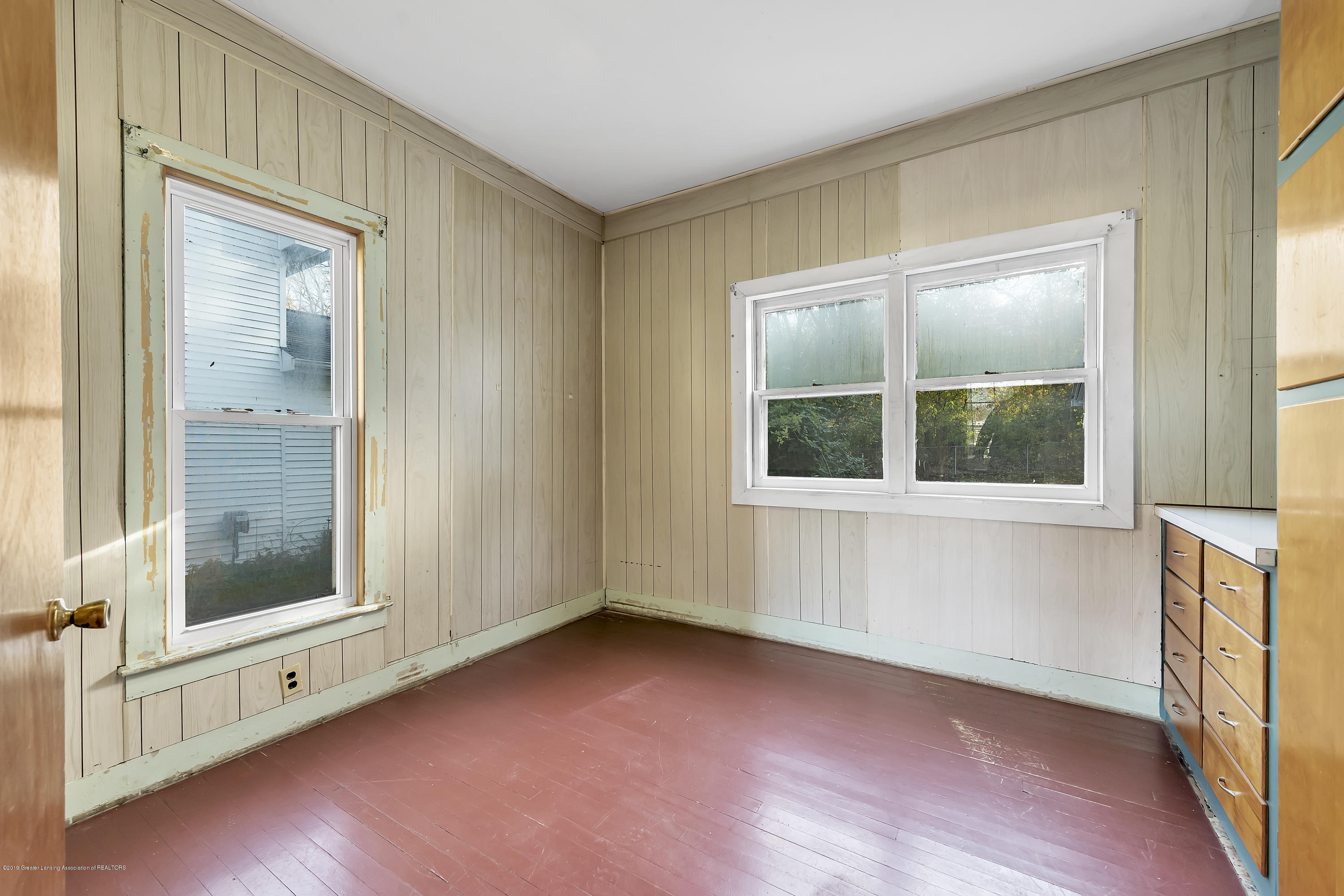 106 N River St - 106-North-River-Street-WindowStill-Real- - 15