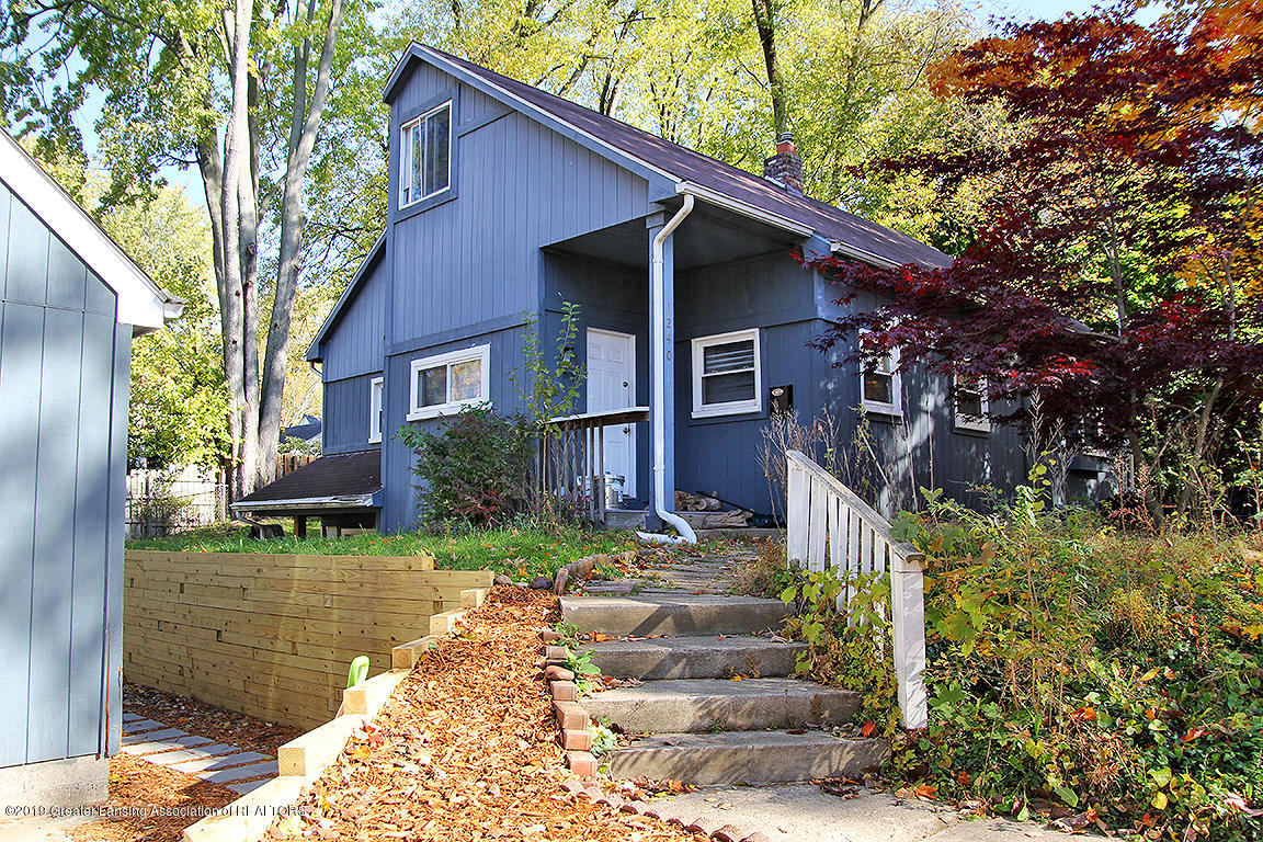 1240 Lilac Ave - 1240 Lilac Front Elevation - 1