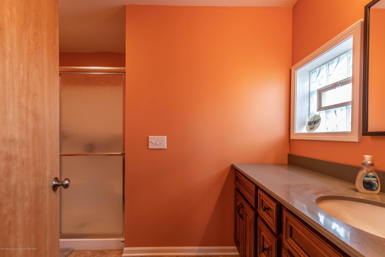 8740 N Scott Rd - Bedroom 3 Bath - 40