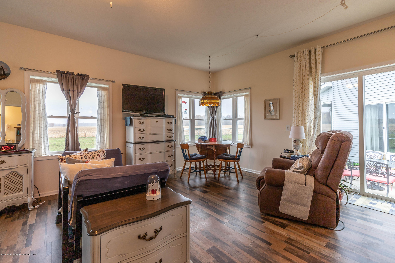 8740 N Scott Rd - Guest House - Living Room - 51