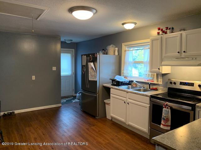 902 Glenwood Ave - Kitchen - 3