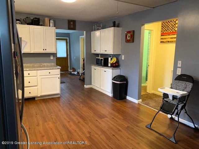 902 Glenwood Ave - Kitchen - 4