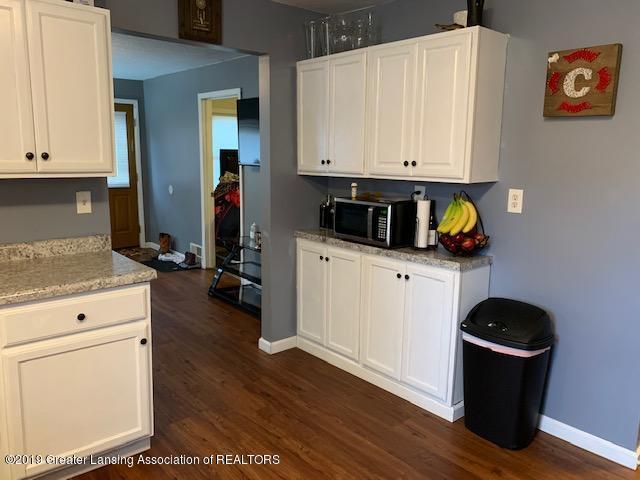 902 Glenwood Ave - Kitchen - 5
