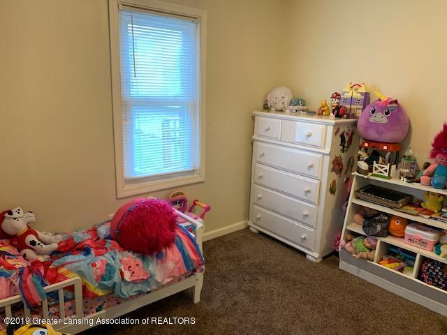 902 Glenwood Ave - Bedroom - 13
