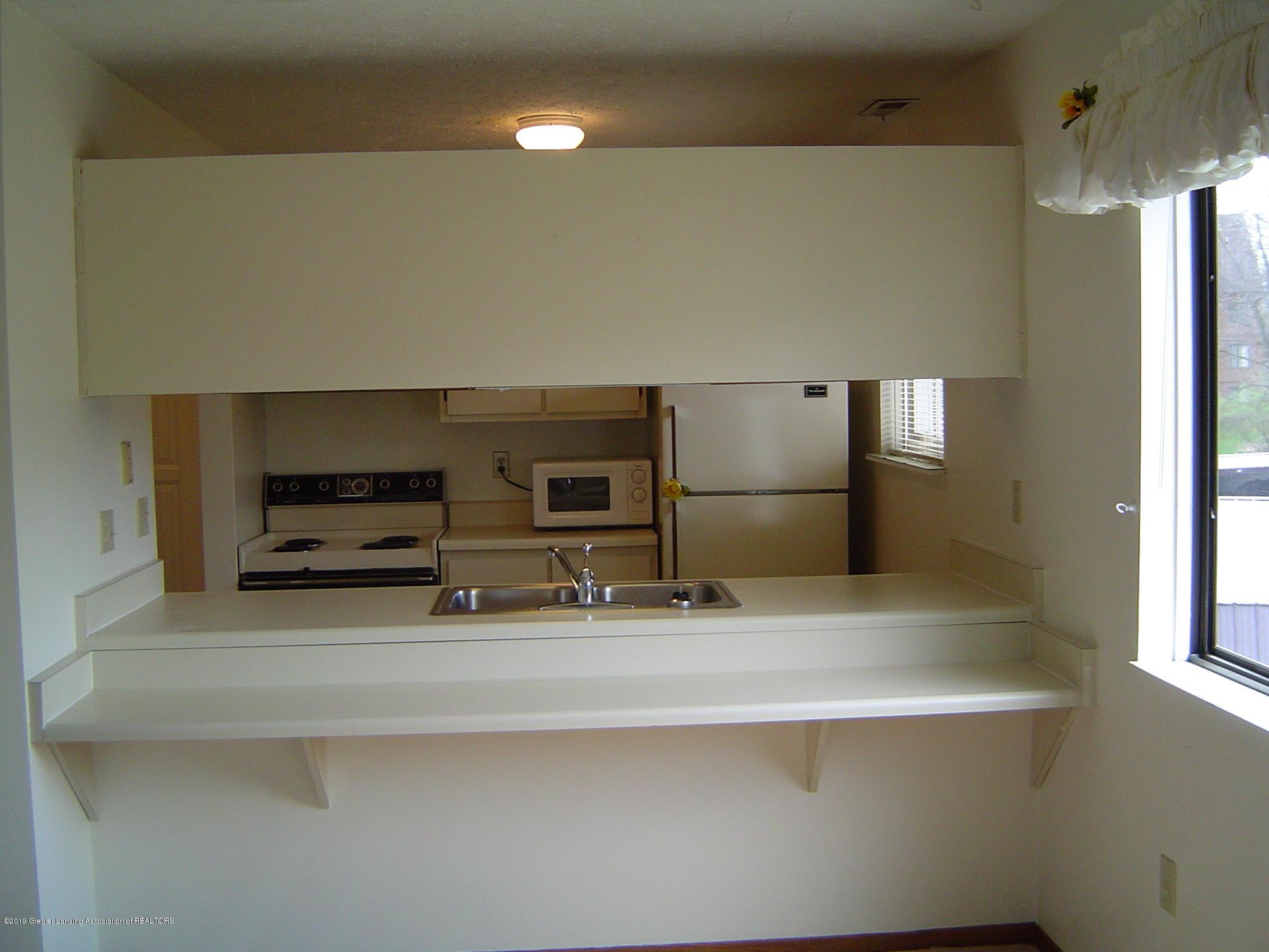 1450 E Pond Dr 10 - Kitchen - 3