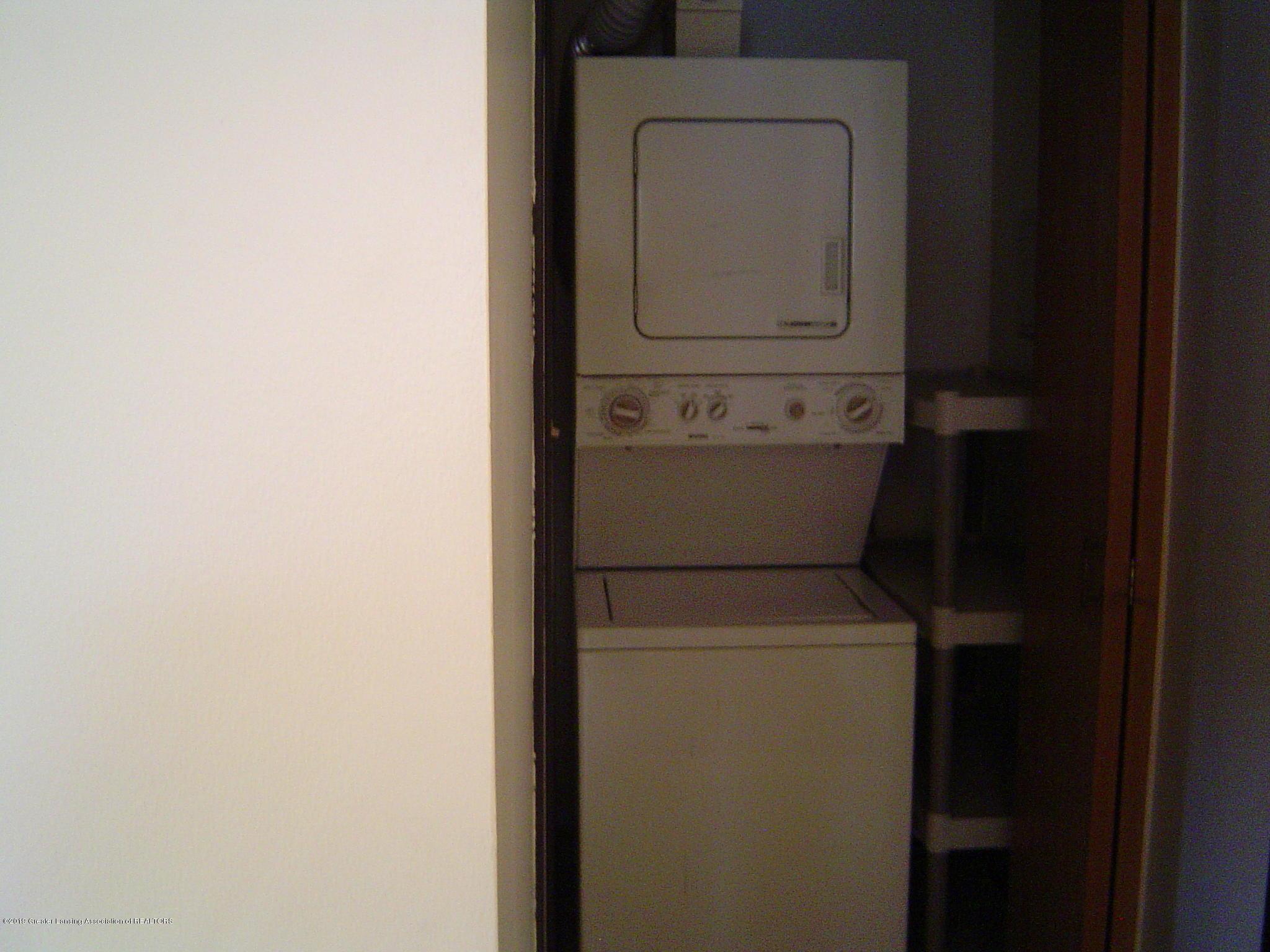 1450 E Pond Dr 10 - Landry Room - 12