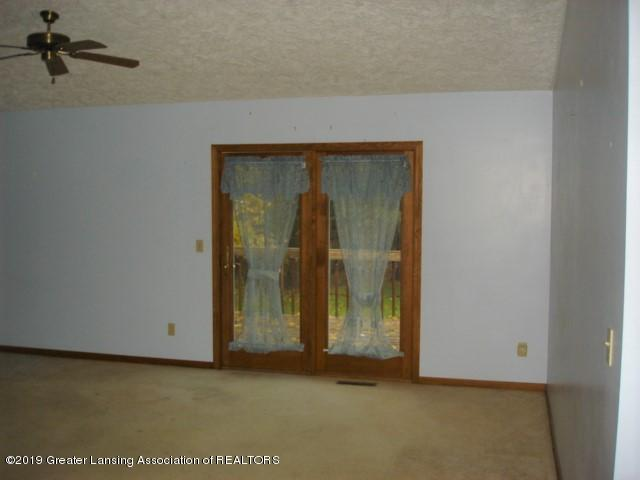 206 W Sickles St - Living Room - 3