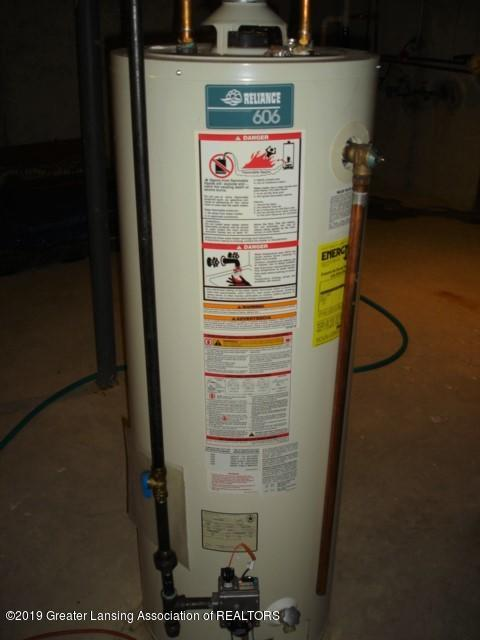 206 W Sickles St - Hot Water Heater - 21