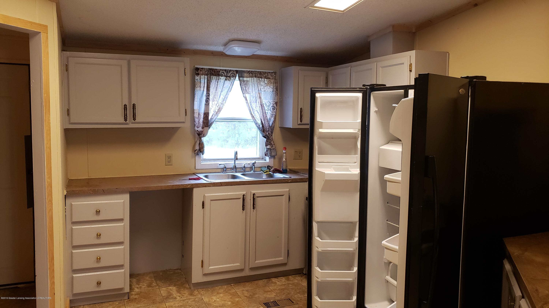 16990 Towar Ave - Kitchen - 10