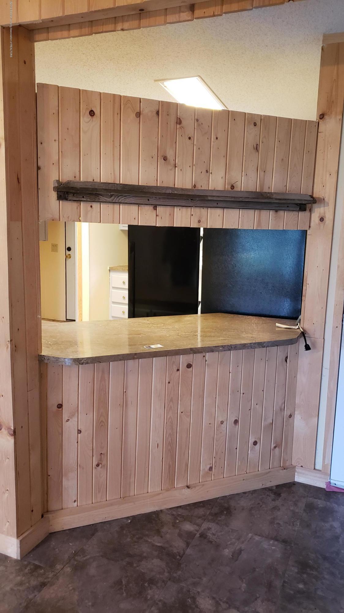 16990 Towar Ave - Kitchen - 9