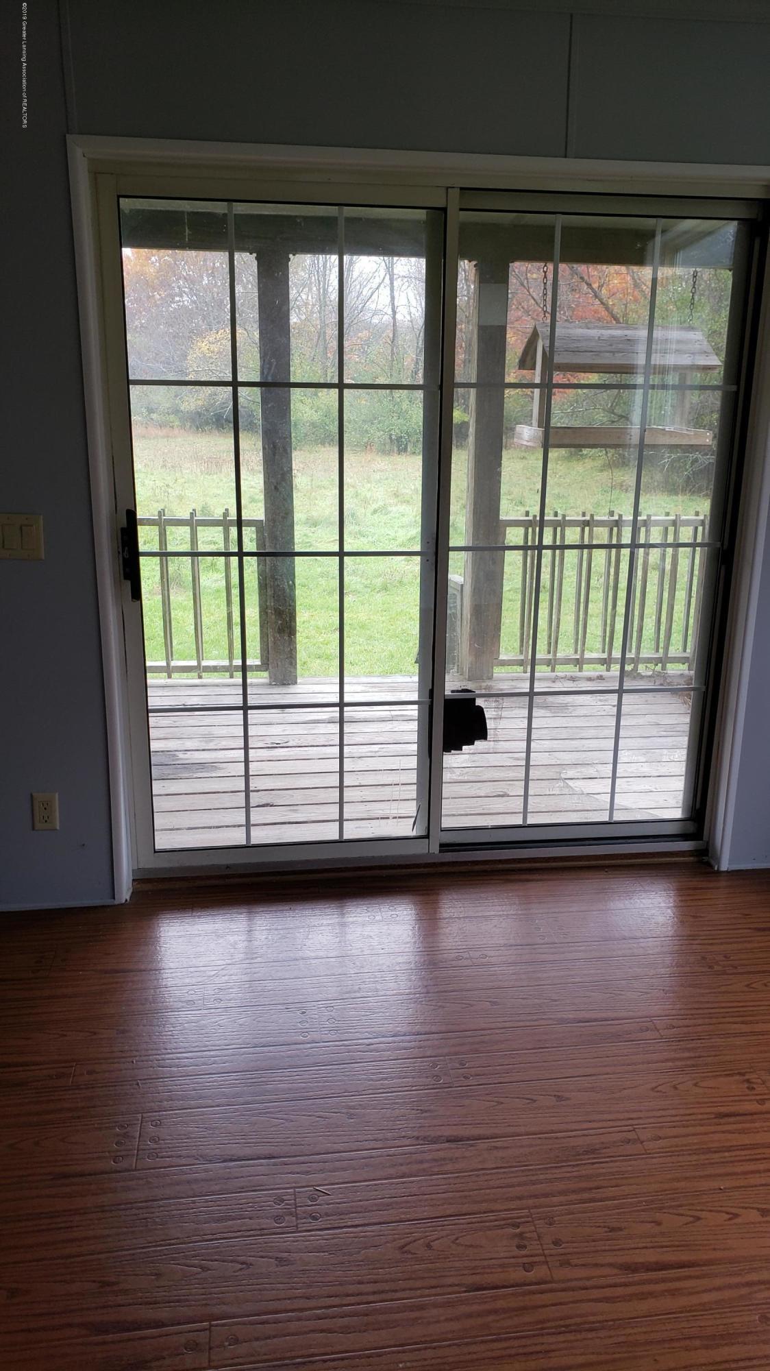 16990 Towar Ave - Patio Door - 30
