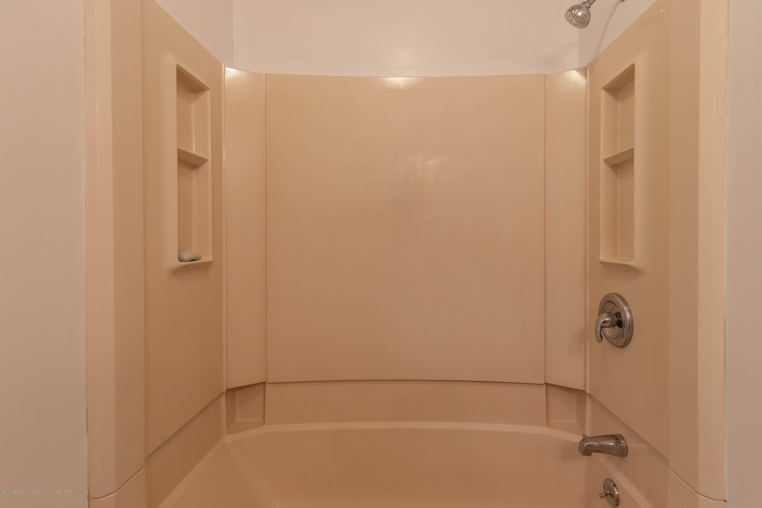 8436 E Spicerville Hwy - spicerbathus2 (1 of 1) - 22
