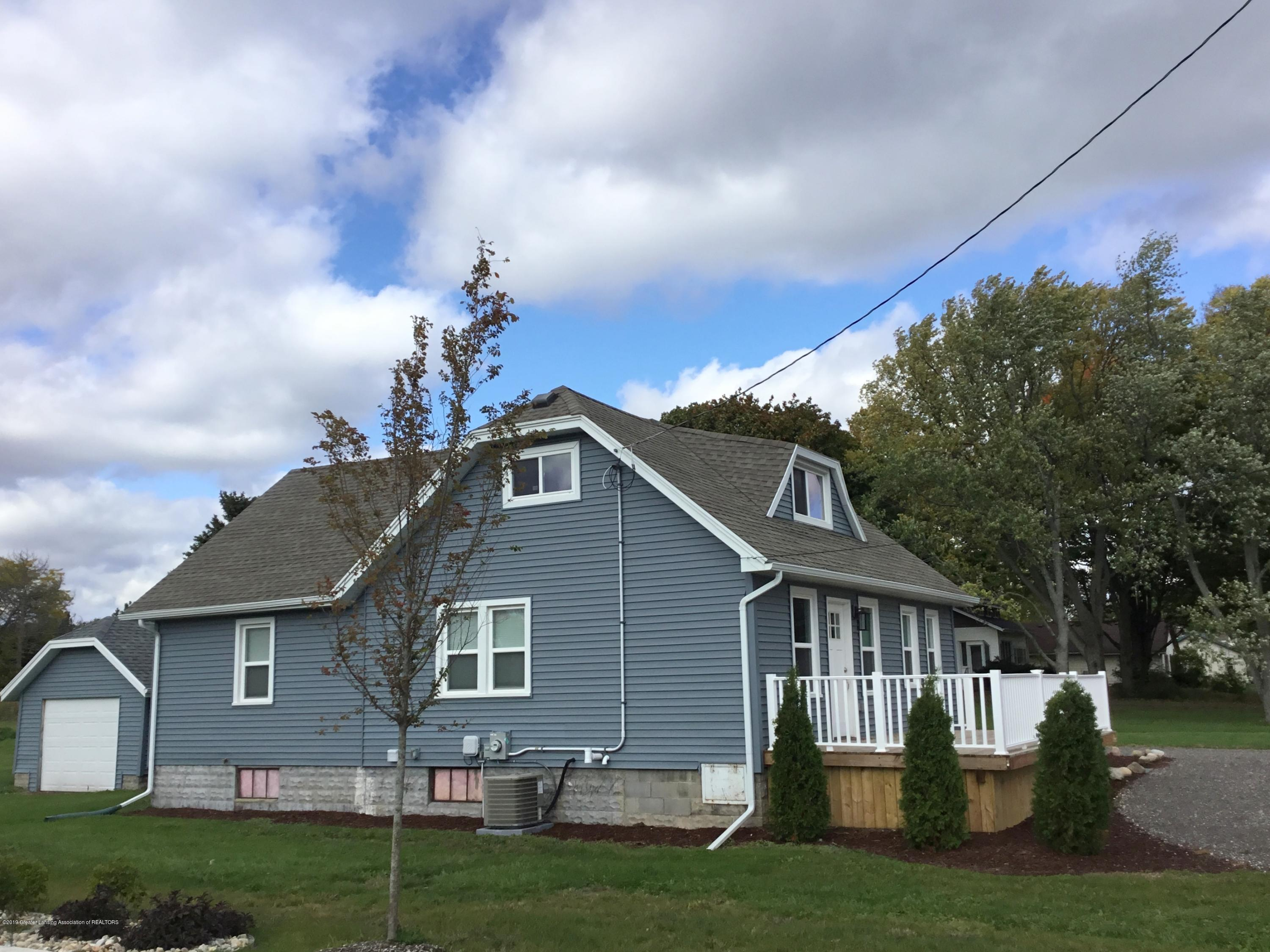721 Clark Rd - Completely updated - 25