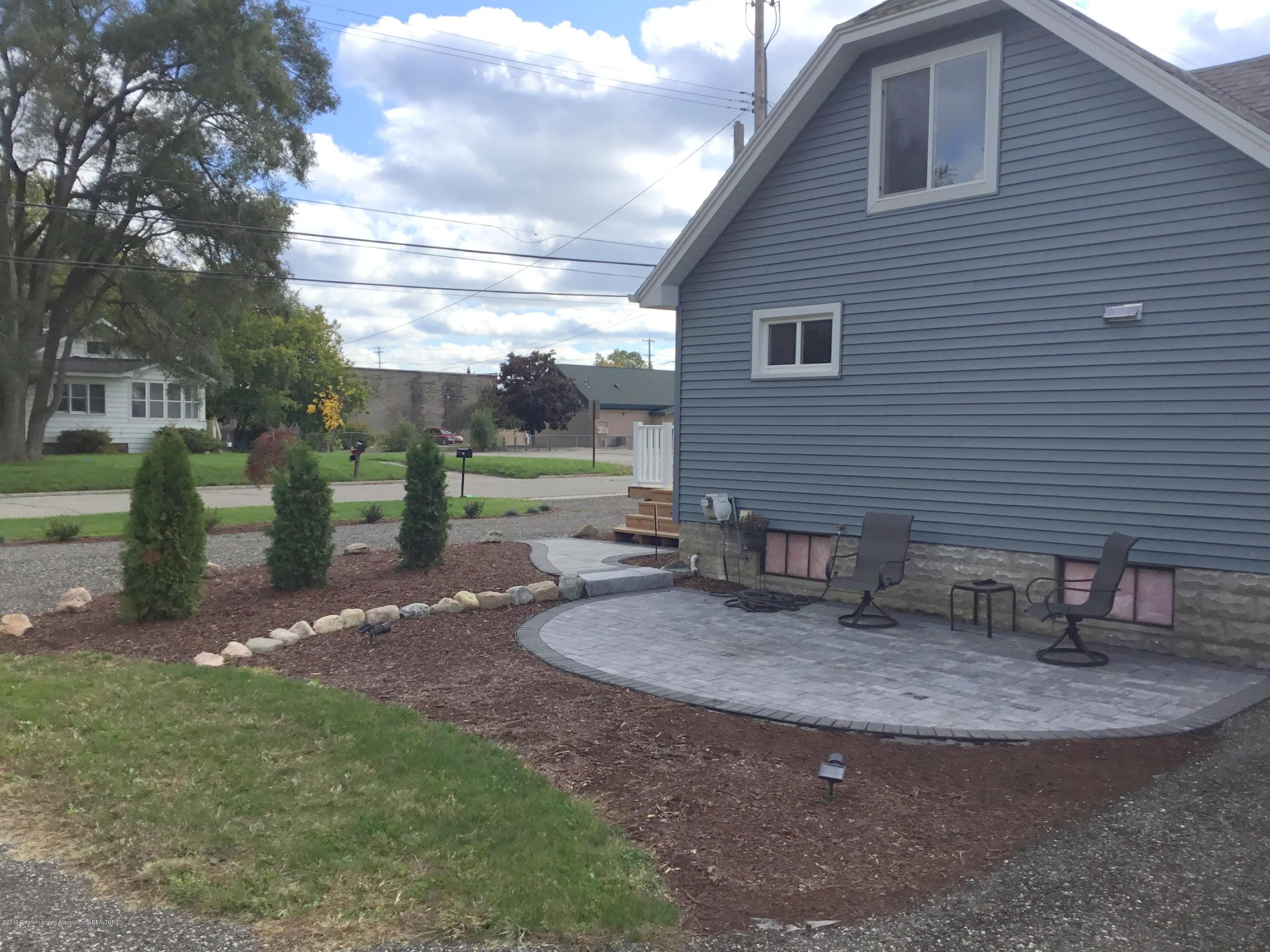 721 Clark Rd - New landscaping - 23