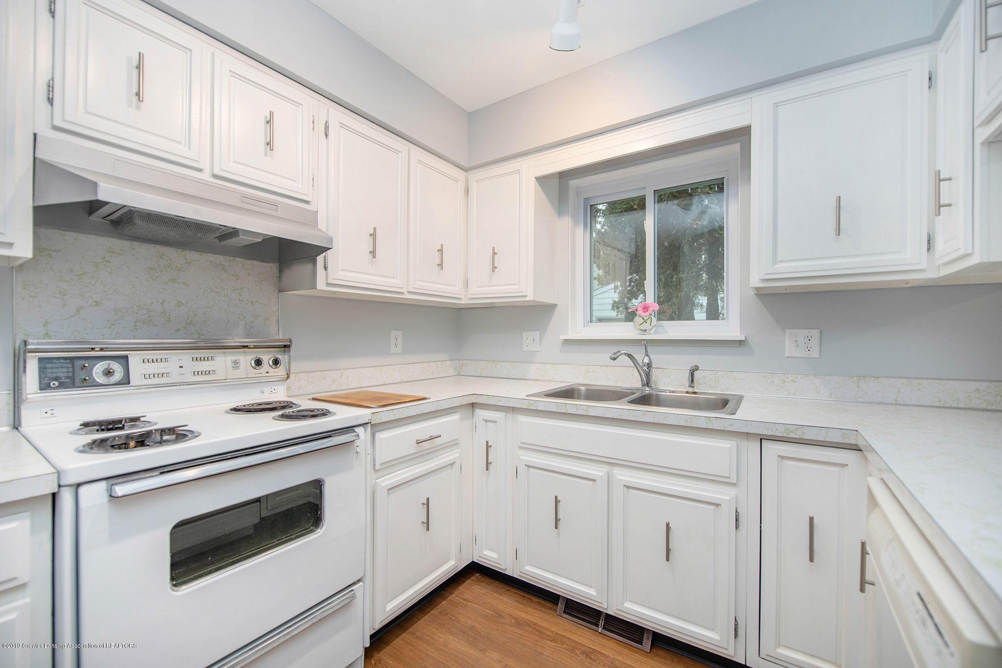 801 Merrill Ave - Kitchen - 7