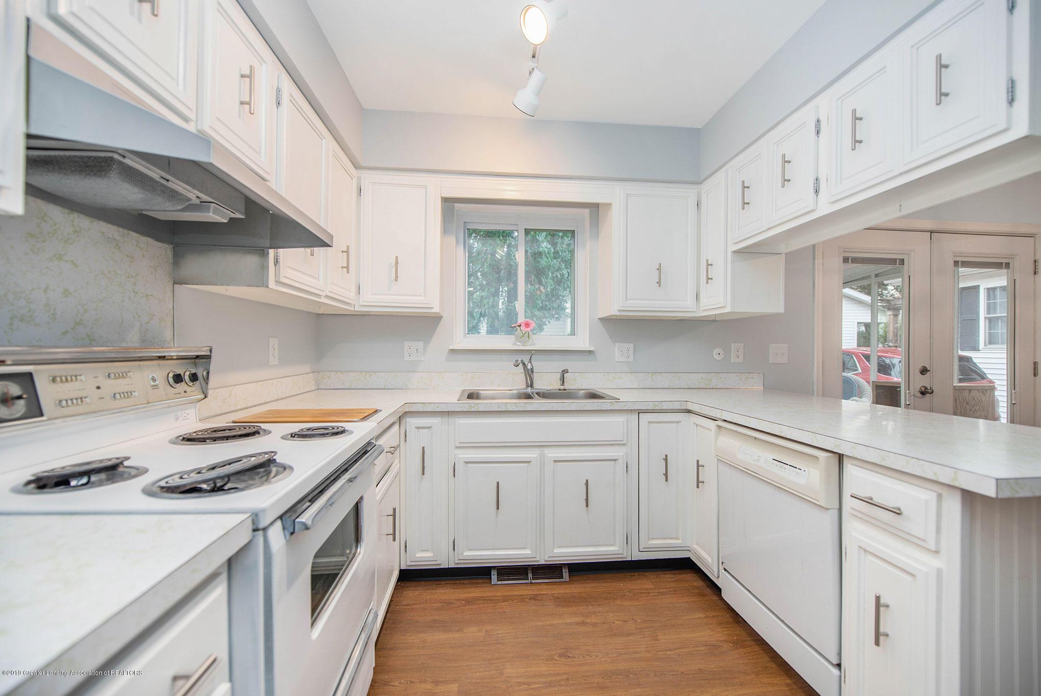 801 Merrill Ave - Kitchen - 8