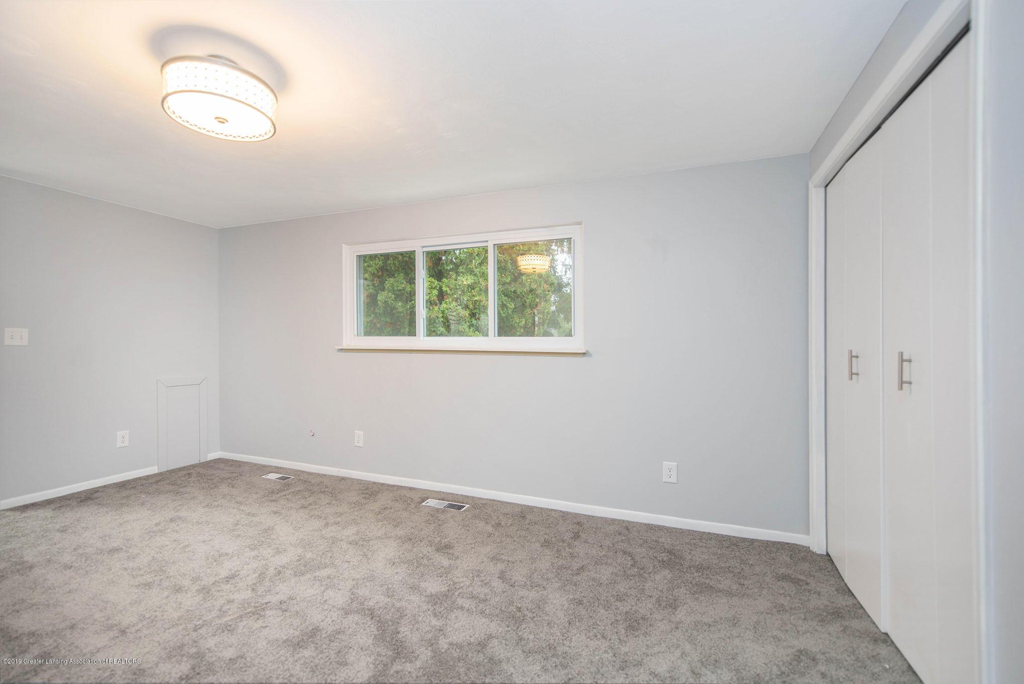 801 Merrill Ave - Bedroom - 10
