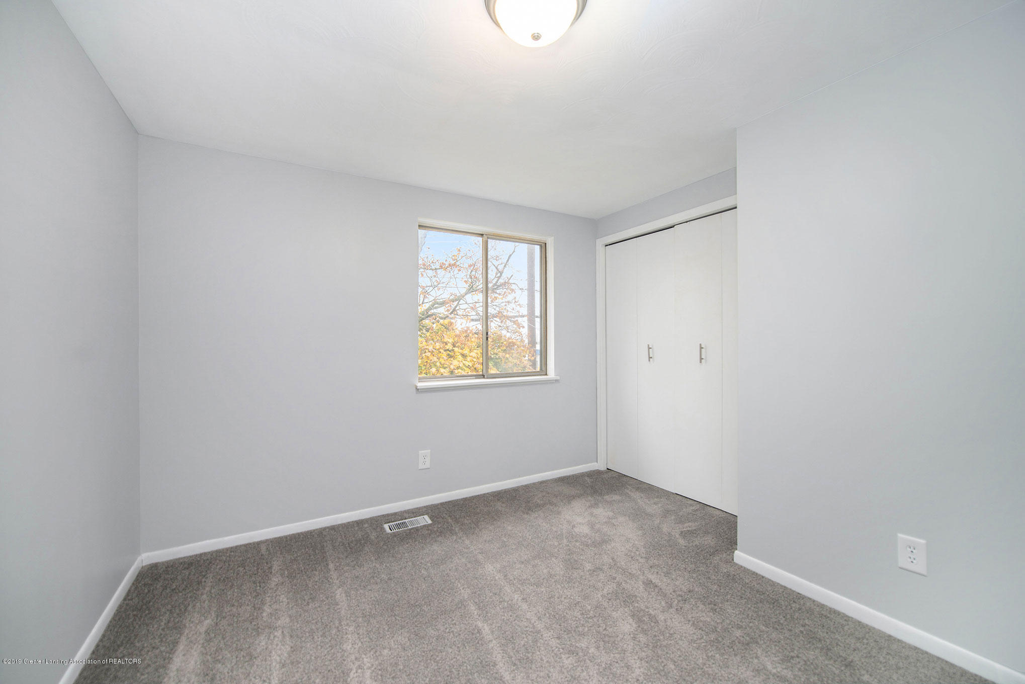 801 Merrill Ave - Bedroom - 13