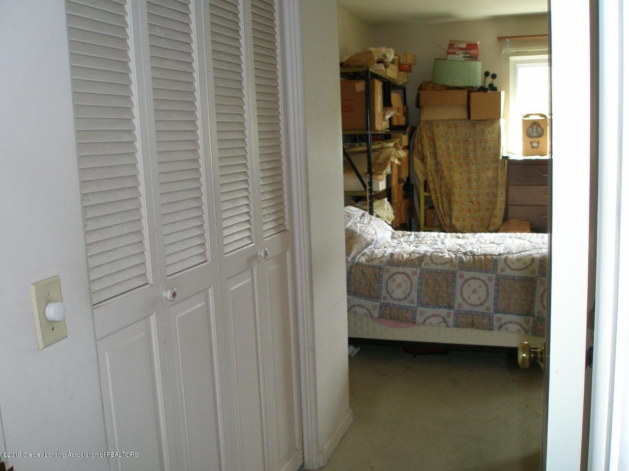 1019 Abbot Rd - thumbnail_abbot bedroom  xxx - 3