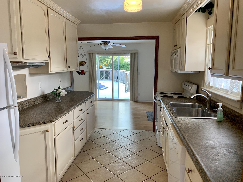 419 Hume Blvd - Kitchen - 7