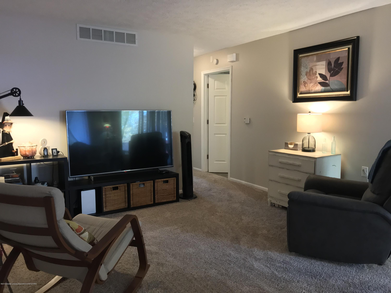 215 E Jolly Rd Apt G3 - Living Room - 5