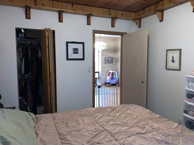 632 Hyatt St - Master Bedroom - 18