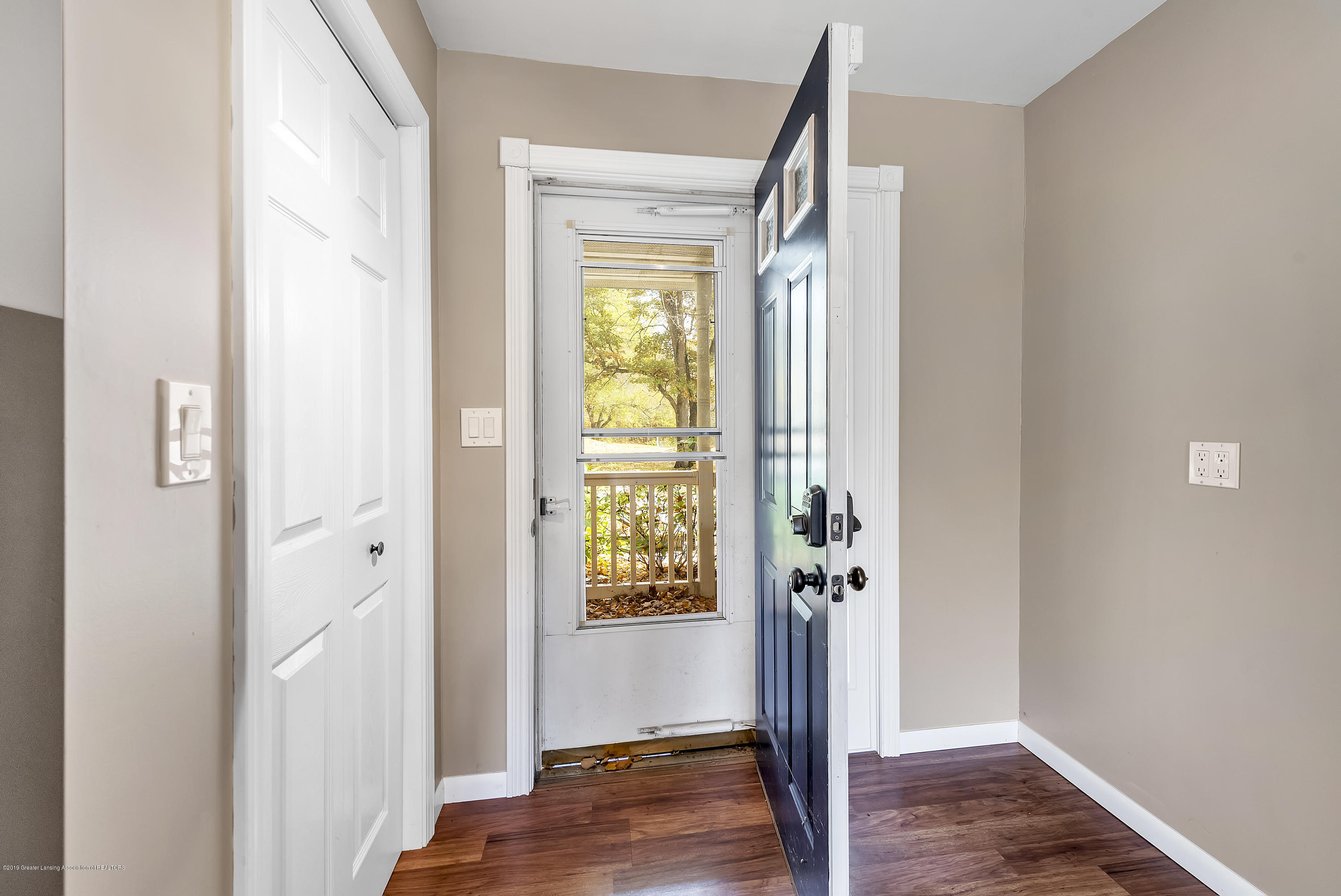 8700 Abbey Rd - 8700-Abbey-Rd-WindowStill-Real-Estate-Ph - 4