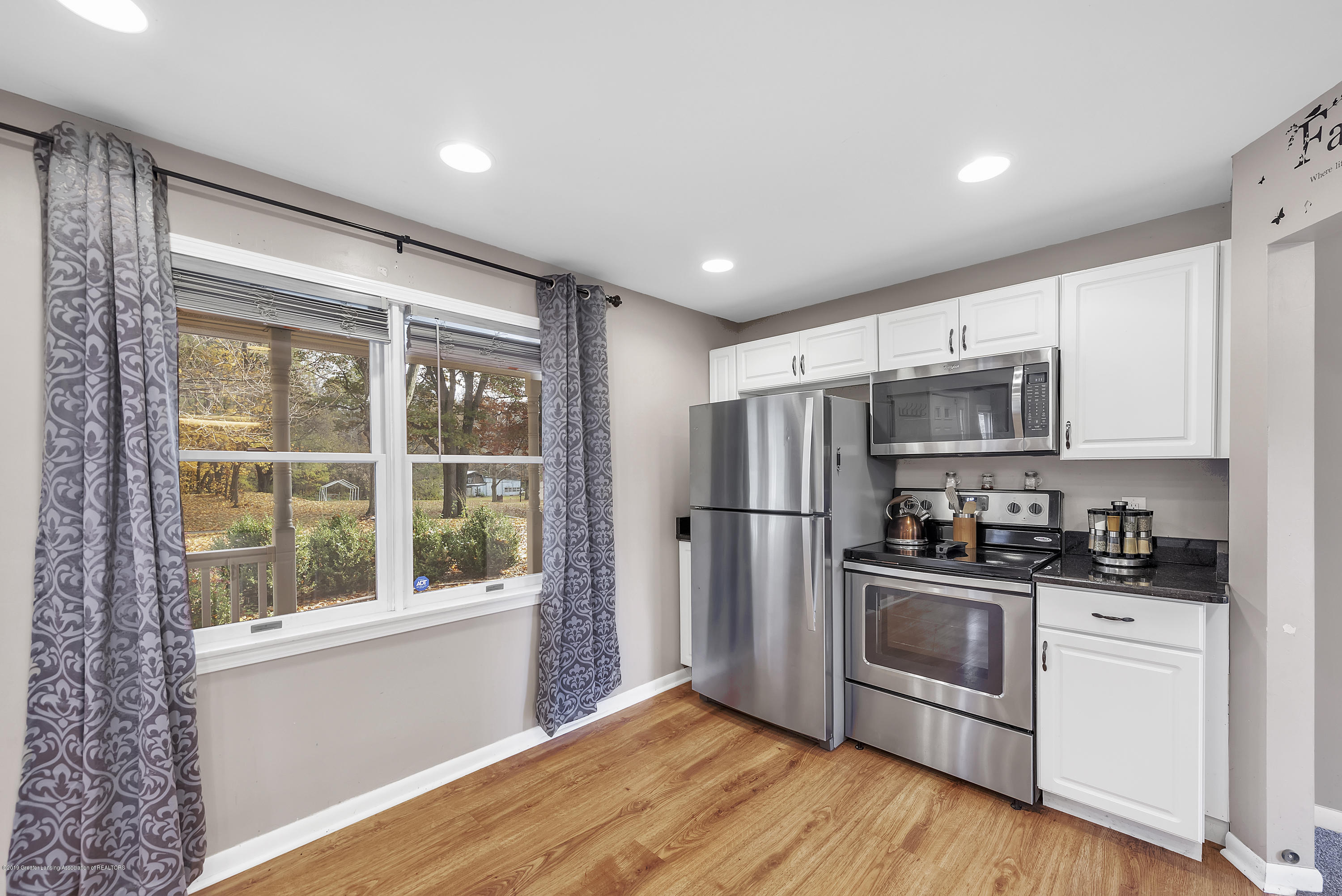 8700 Abbey Rd - 8700-Abbey-Rd-WindowStill-Real-Estate-Ph - 7