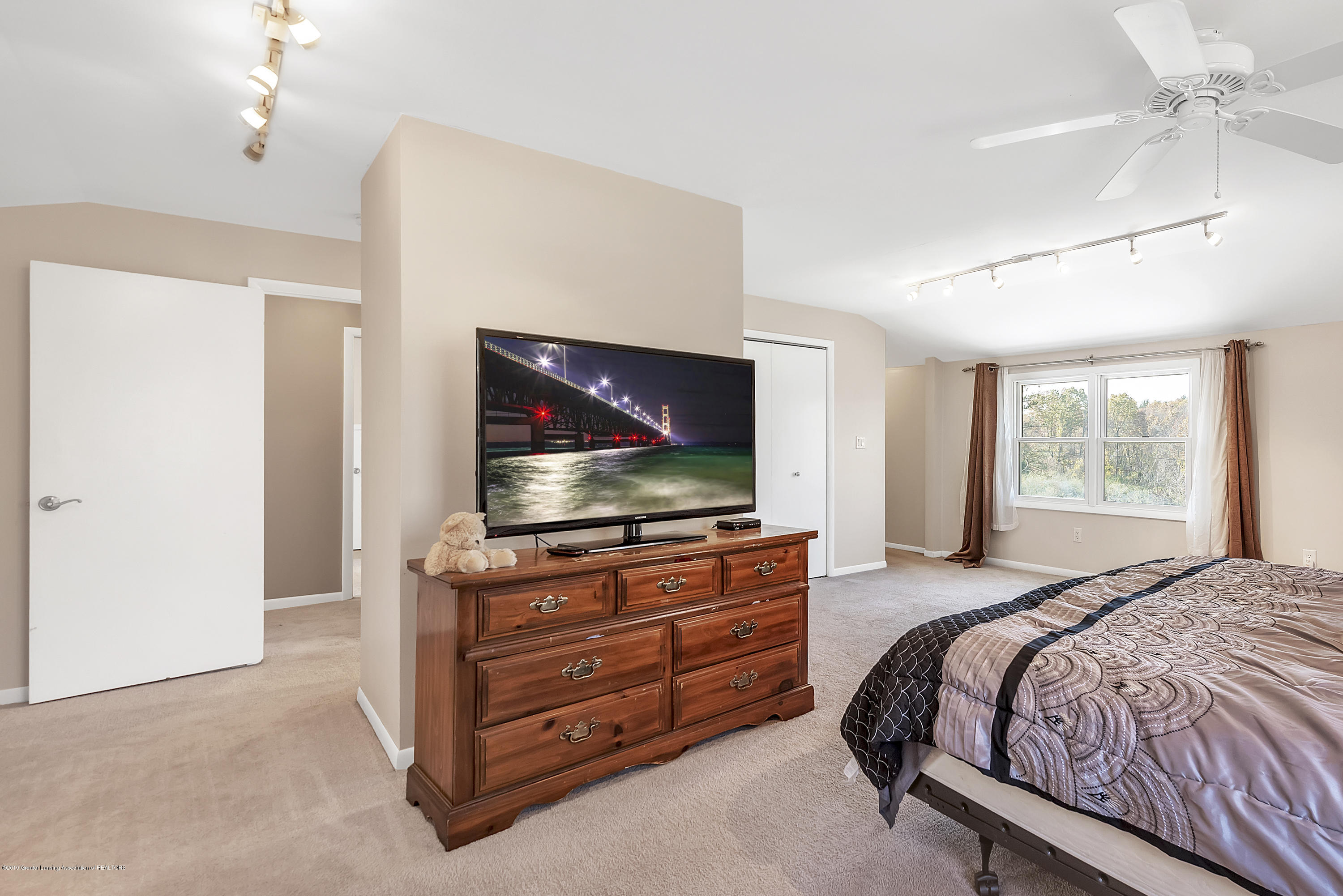 8700 Abbey Rd - 8700-Abbey-Rd-WindowStill-Real-Estate-Ph - 21