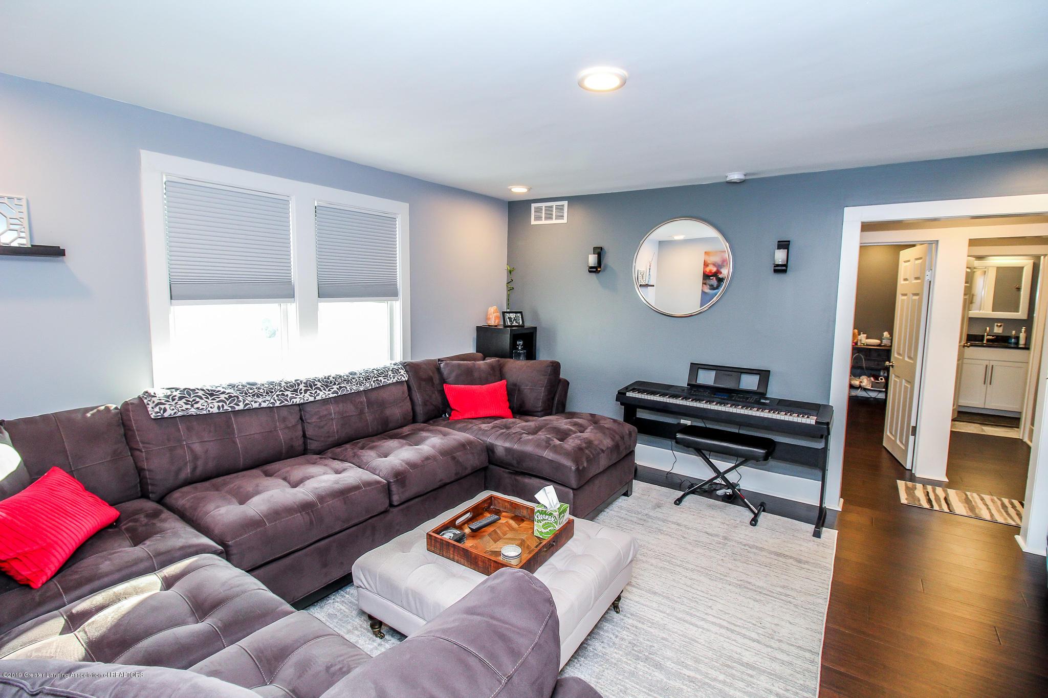 721 Clark Rd - 15 Living Room 1 - 10