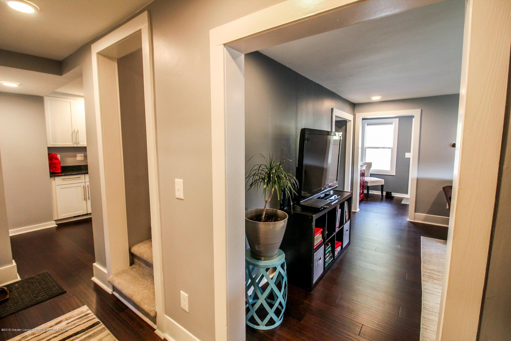 721 Clark Rd - 23 Living Room 10 - 31