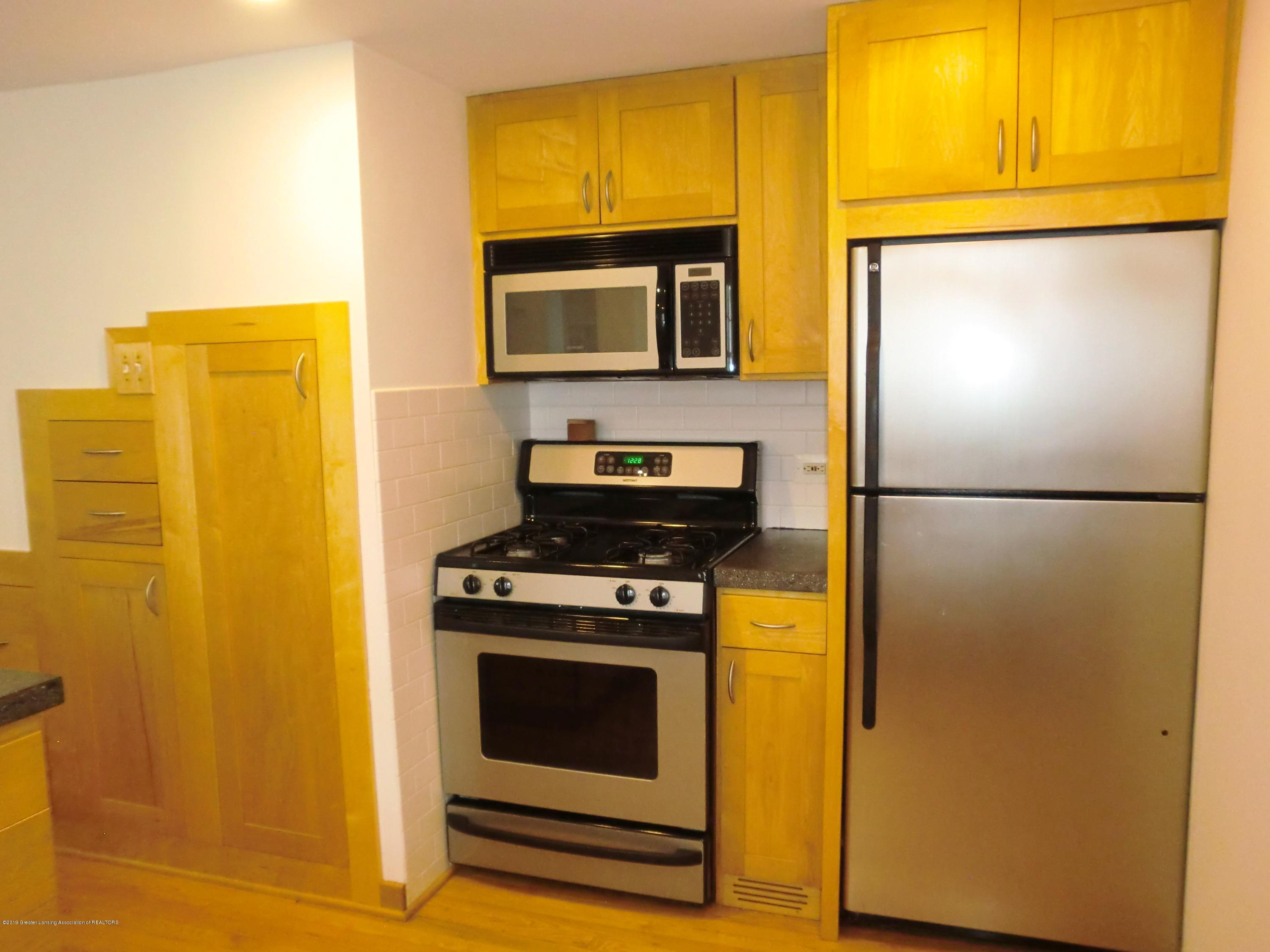 704 Beech St - Kitchen - 5