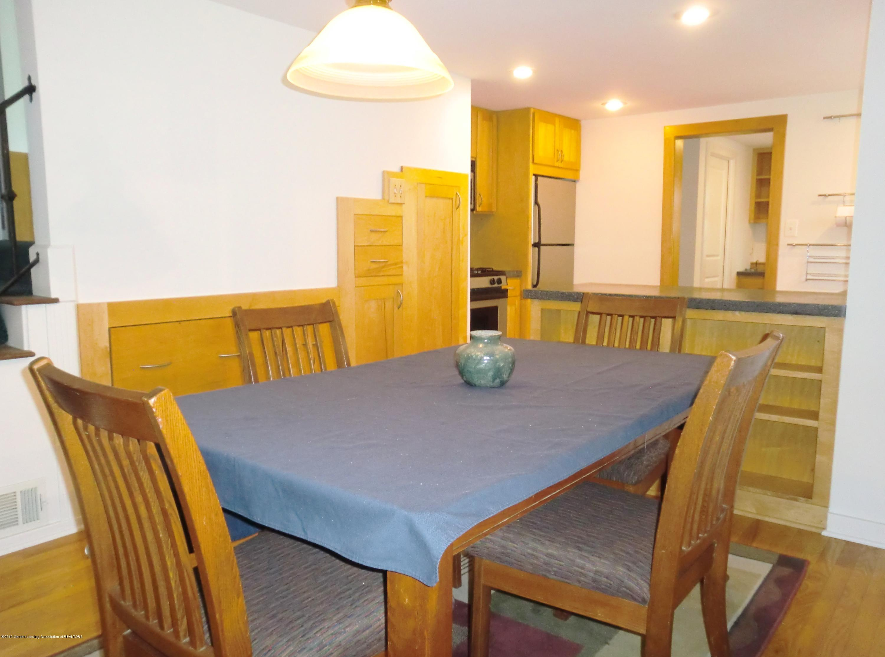 704 Beech St - Dining/Kitchen View - 8