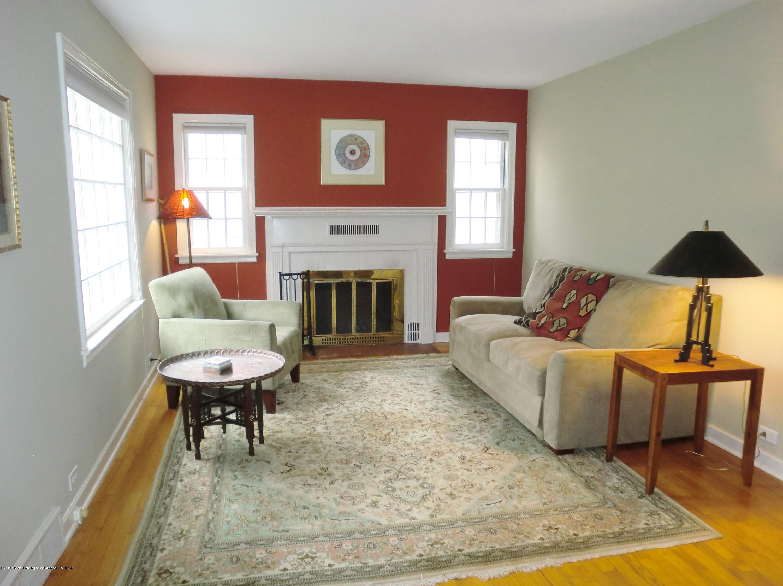 704 Beech St - Living Room - 12