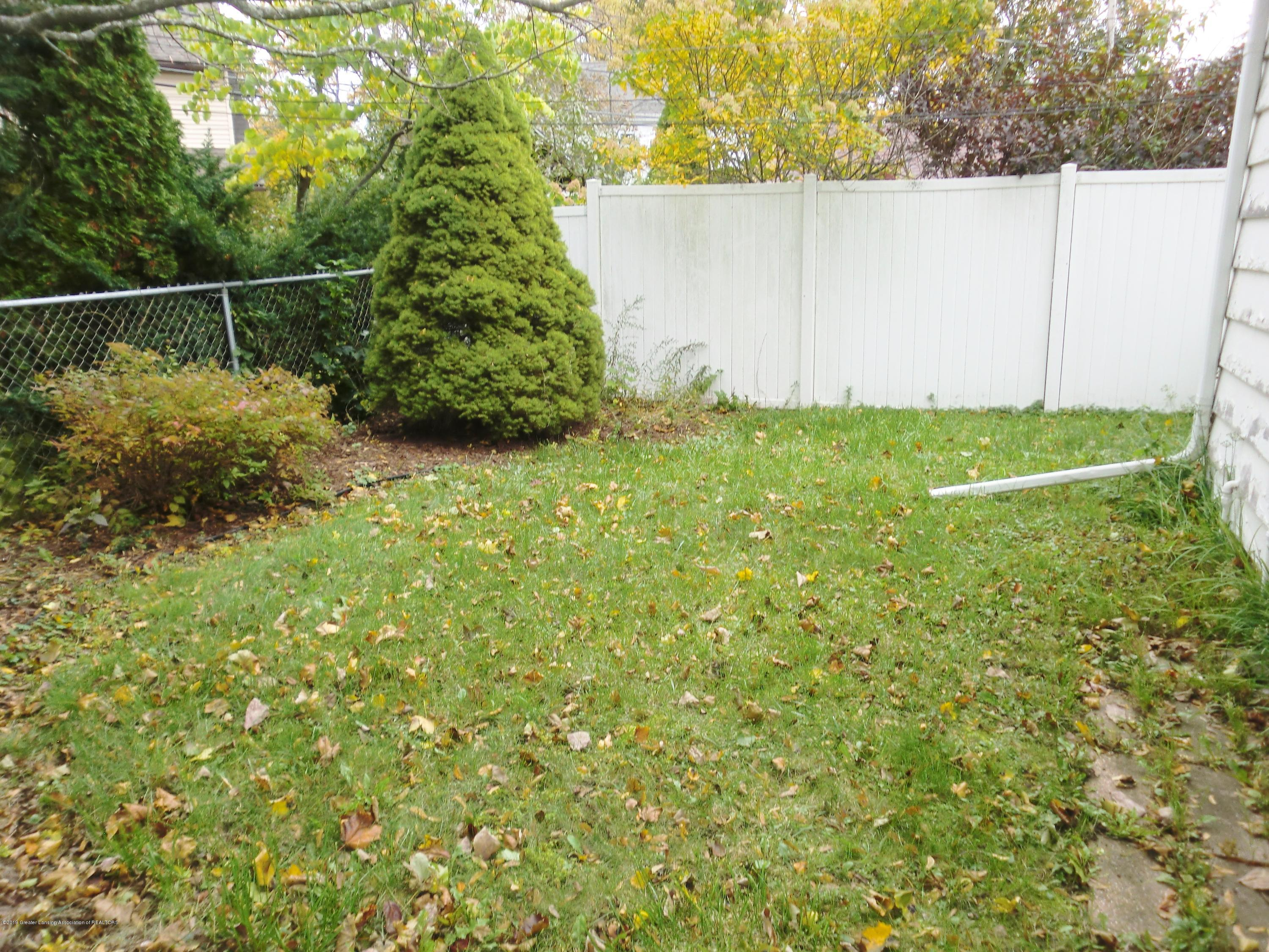 704 Beech St - Fenced Back Yard - 25