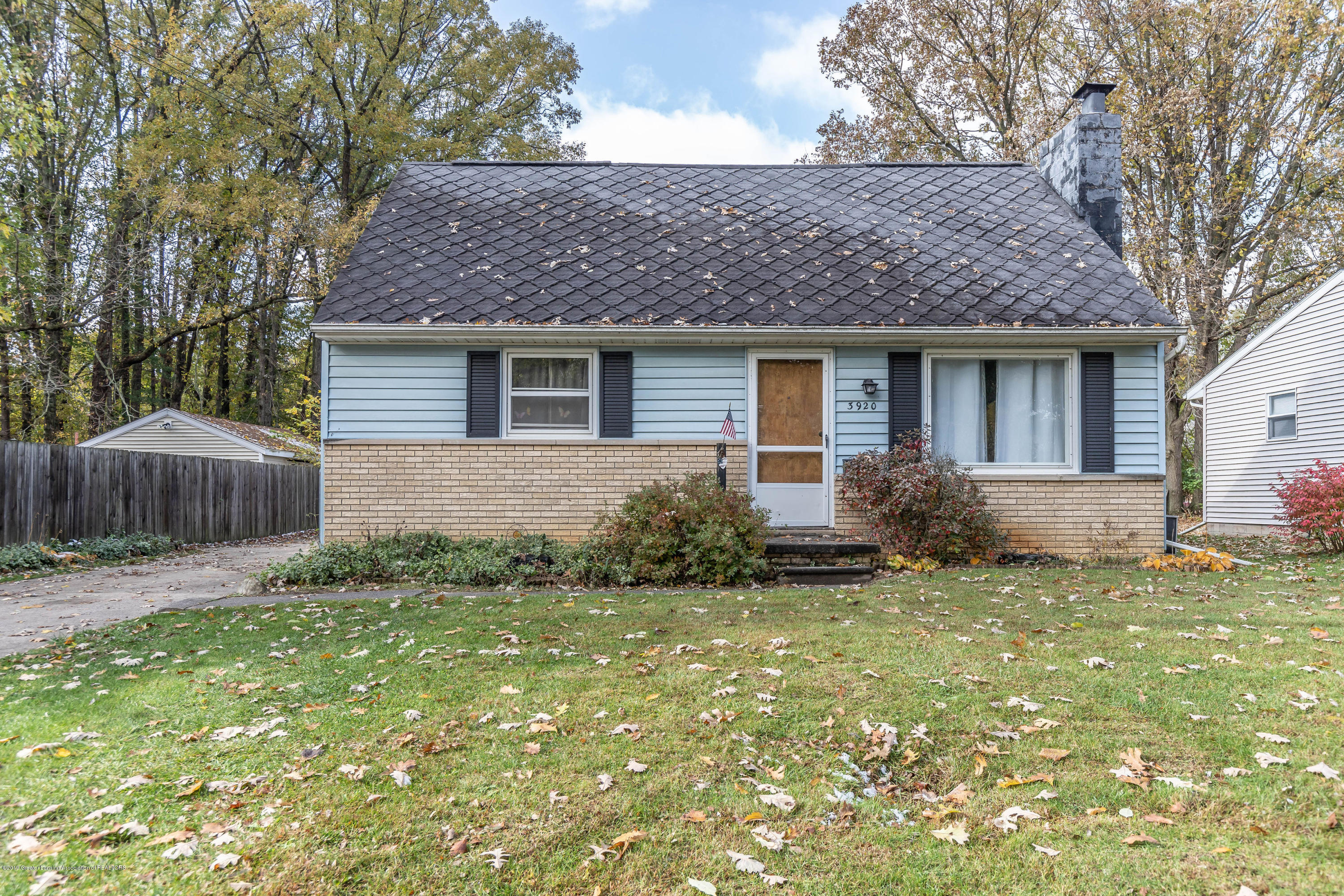 3920 Marland Dr - marlandfront(1of1) - 1