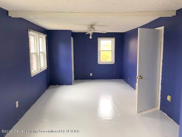 2209 S Washington Ave - Bedroom 1 - 15