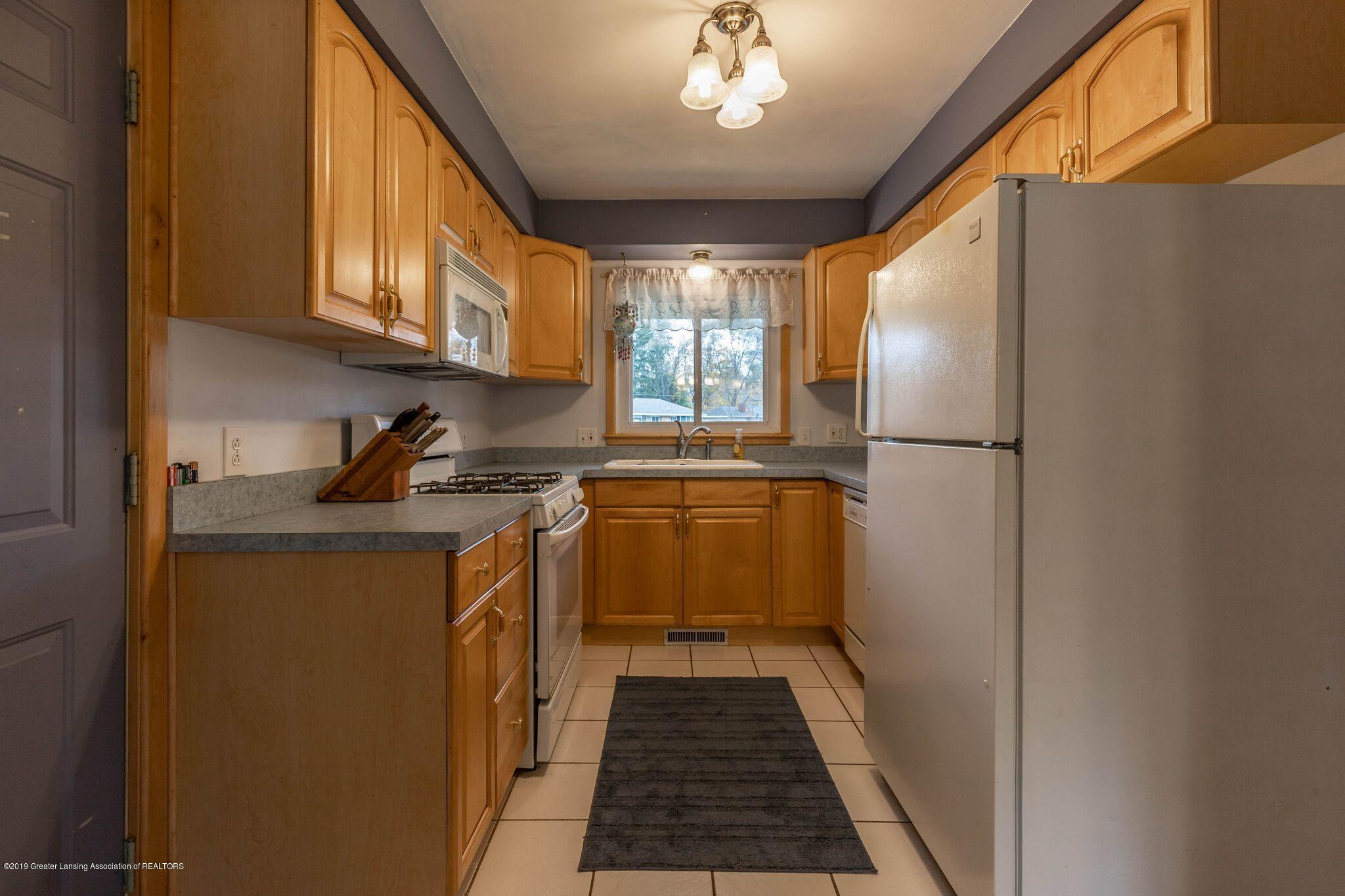 1211 W Thomas L Pkwy - Kitchen - 6