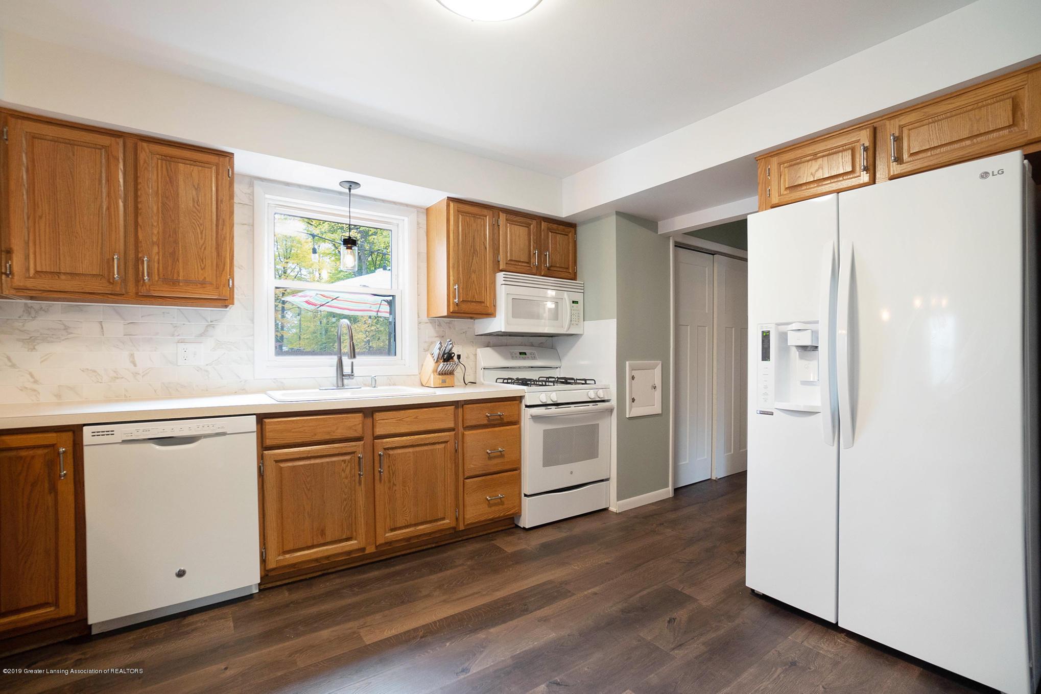 11418 Nixon Rd - Kitchen - 12
