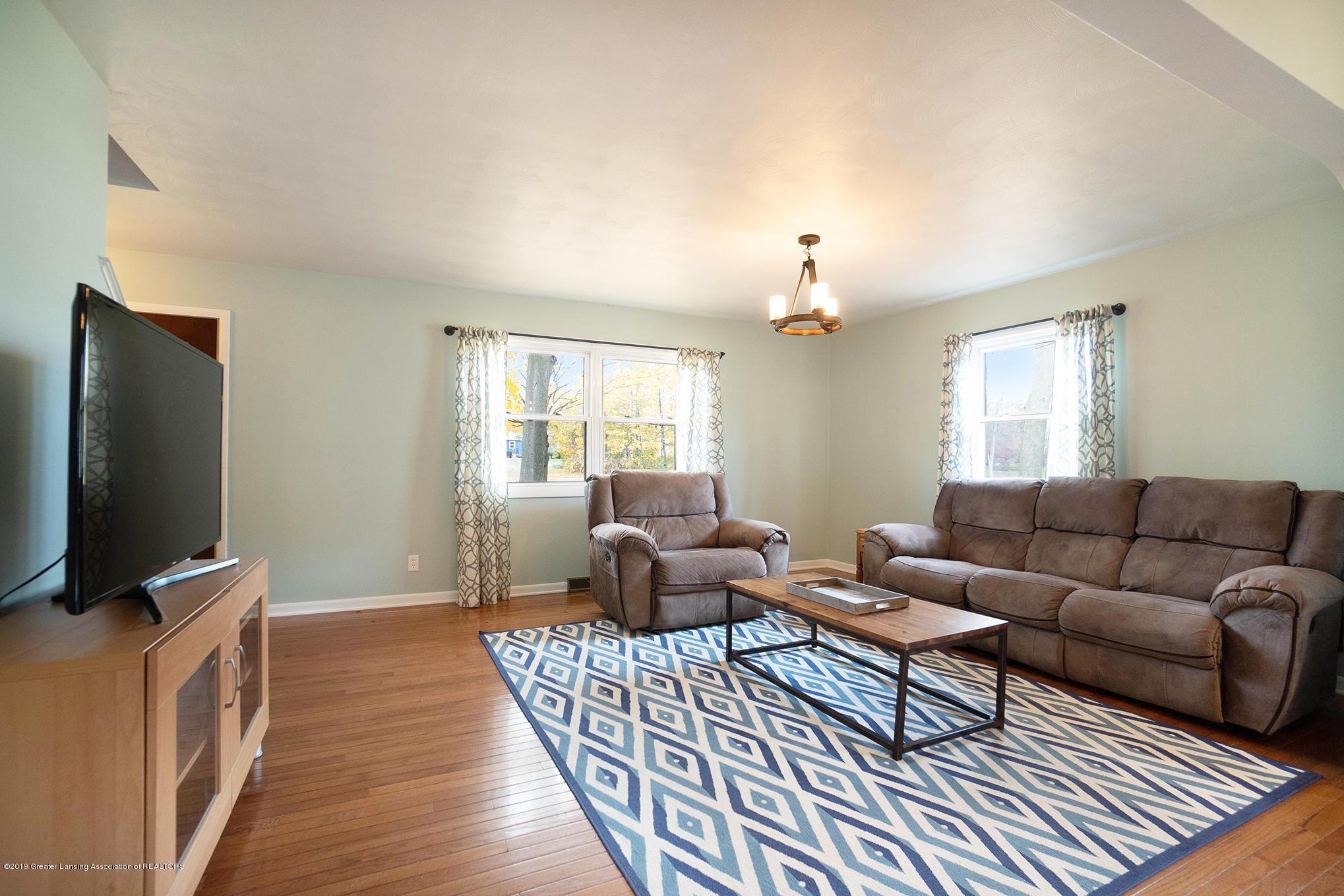 11418 Nixon Rd - Living Area - 7