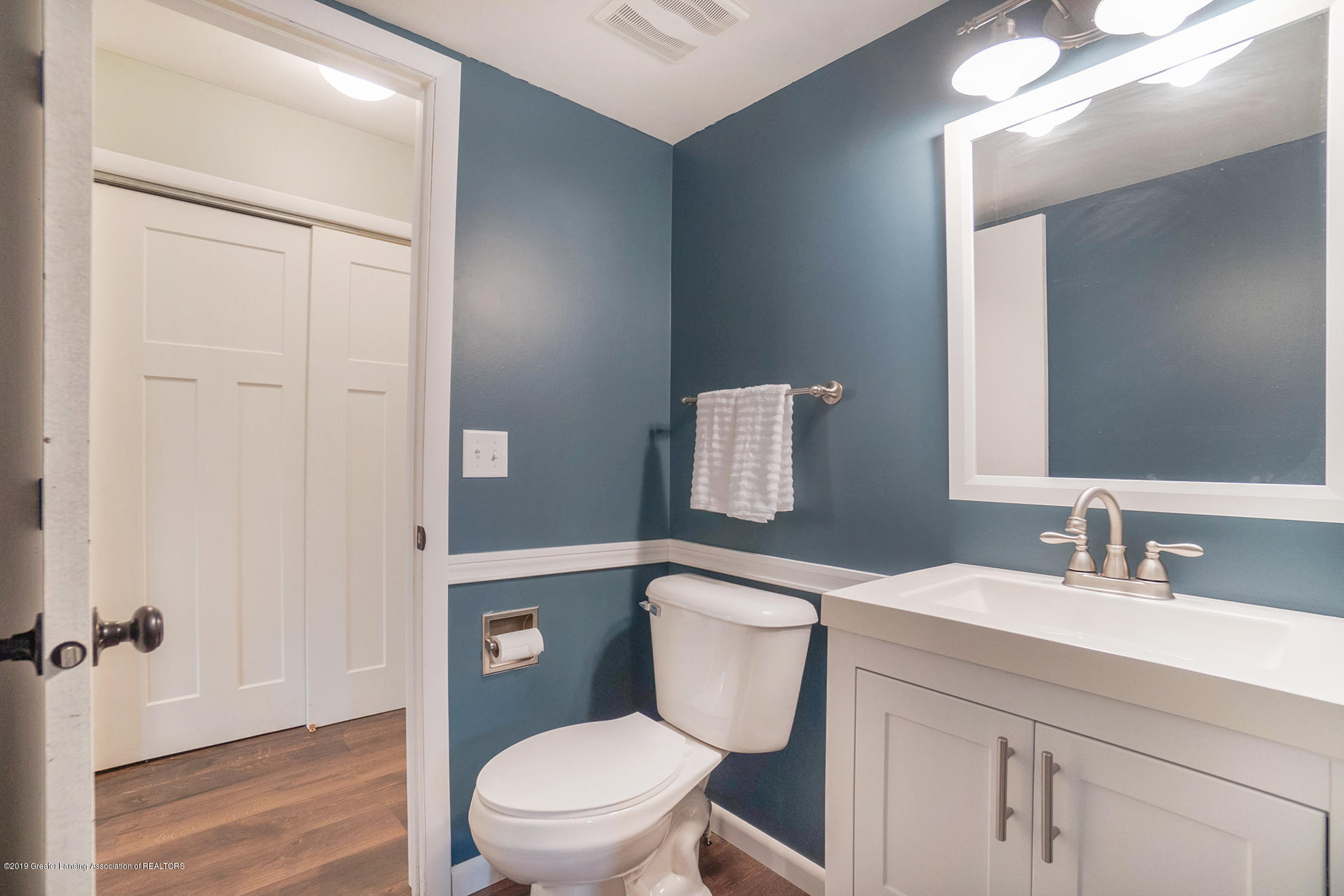 11418 Nixon Rd - Lower Level Half Bath - 21