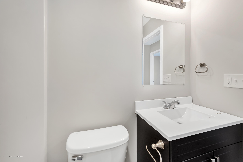 5949 Selfridge Blvd - bath - 17