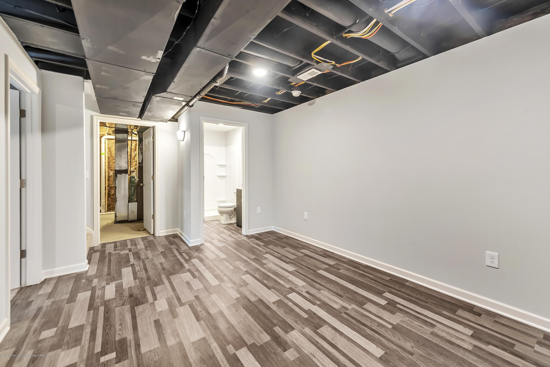 5949 Selfridge Blvd - family room lower - 25