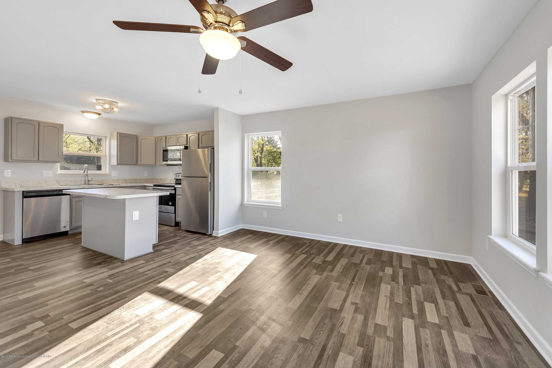 5945 Selfridge Blvd - living room - 7