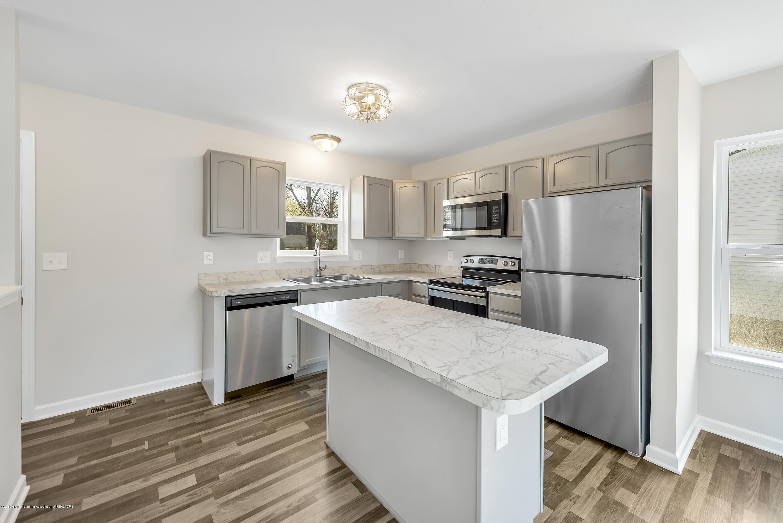 5945 Selfridge Blvd - kitchen - 9