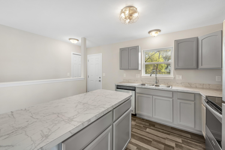 5945 Selfridge Blvd - kitchen/rear door - 10