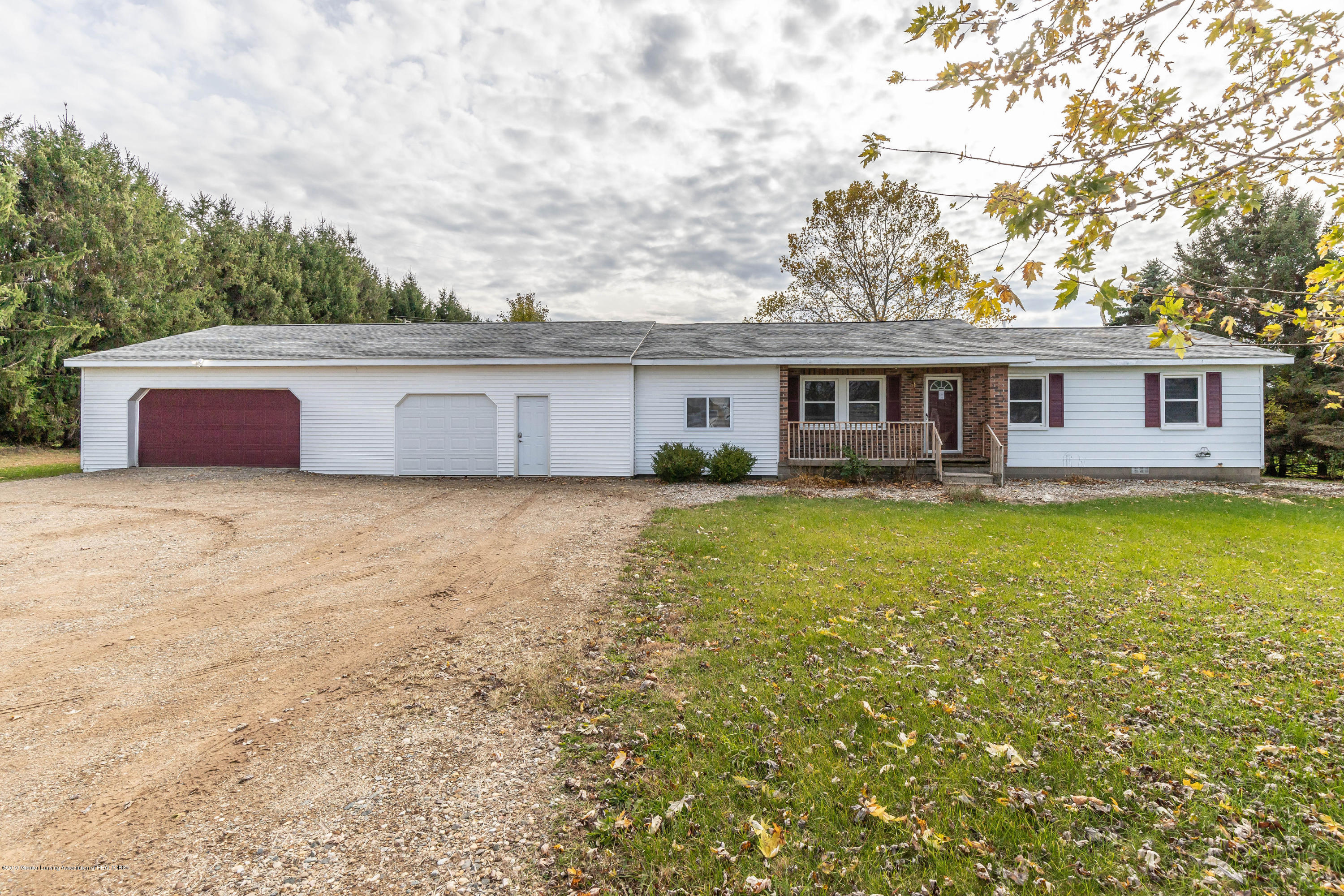3054 Swan Rd - swanfront(1of1) - 1